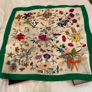 Authentic New Gucci scarf
